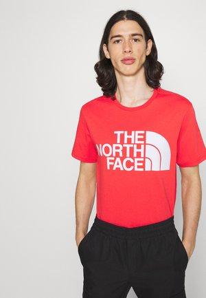 STANDARD TEE - T-shirt med print - horizon red