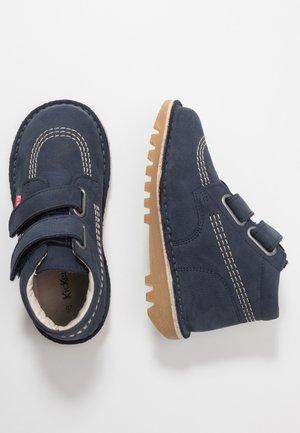 NEOVELCRO - Kotníkové boty - dark navy