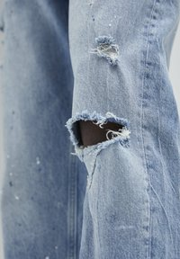PULL&BEAR - Straight leg jeans - mottled dark blue - 4