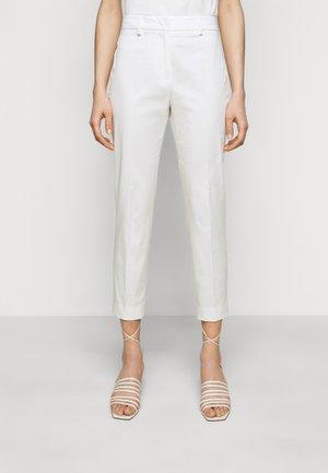 FARAONE - Trousers - weiss