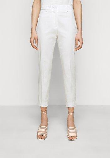 FARAONE - Pantalon classique - weiss