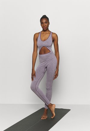 CUT OUT SEAMLESS BODYSUIT - Gym suit - purple
