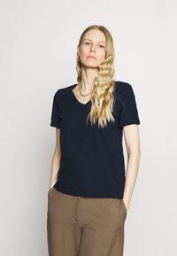 Marks & Spencer London - Basic T-shirt - dark blue - 0