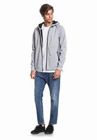 Quiksilver - Zip-up hoodie - light grey heather - 1