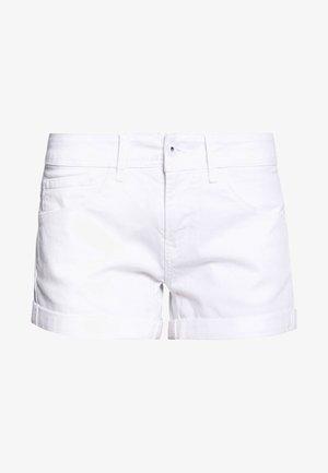 SIOUXIE - Jeansshorts - white denim