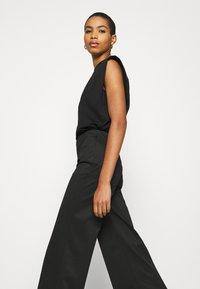 Liu Jo Jeans - PANT LYPOVA - Trousers - nero - 5