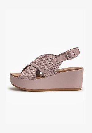 Sandalen met sleehak - lilac llc