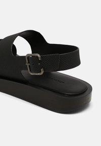 Who What Wear - ASHLEY - T-bar sandals - black - 5