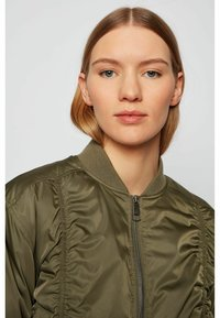 BOSS - Bomber Jacket - khaki - 3