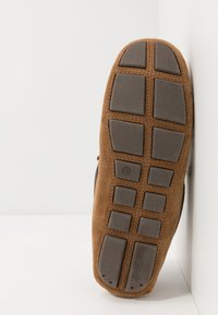 Barbour - MONTY - Slippers - camel - 4
