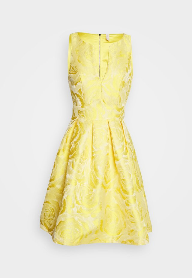 YASMINNIE DRESS PETITE SHOW - Robe de soirée - vibrant yellow