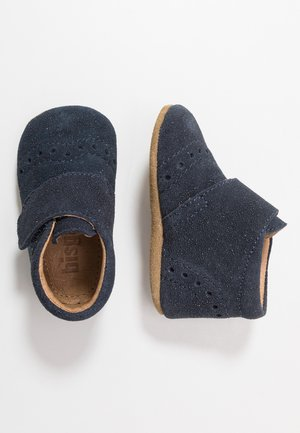 PETIT HOME SHOE - Slippers - glitter blue