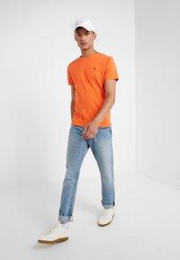 Polo Ralph Lauren - T-shirt basic - bright preppy ora - 1