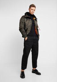 Alpha Industries - HOODED STANDART FIT - Light jacket - black olive - 1