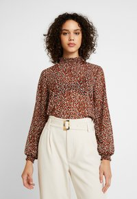 ONLY - ONLSTAR HIGHNECK - Bluse - brown - 0