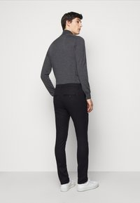 Dondup - PANTALONE GAUBERT PINCES - Pantalon classique - black denim