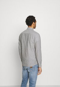Only & Sons - ONSCAIDEN STRIPE - Shirt - olive night - 2