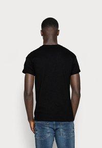 Topman - SKIN SLUB  - T-shirt - bas - black - 2
