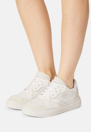 CPH560 - Matalavartiset tennarit - white