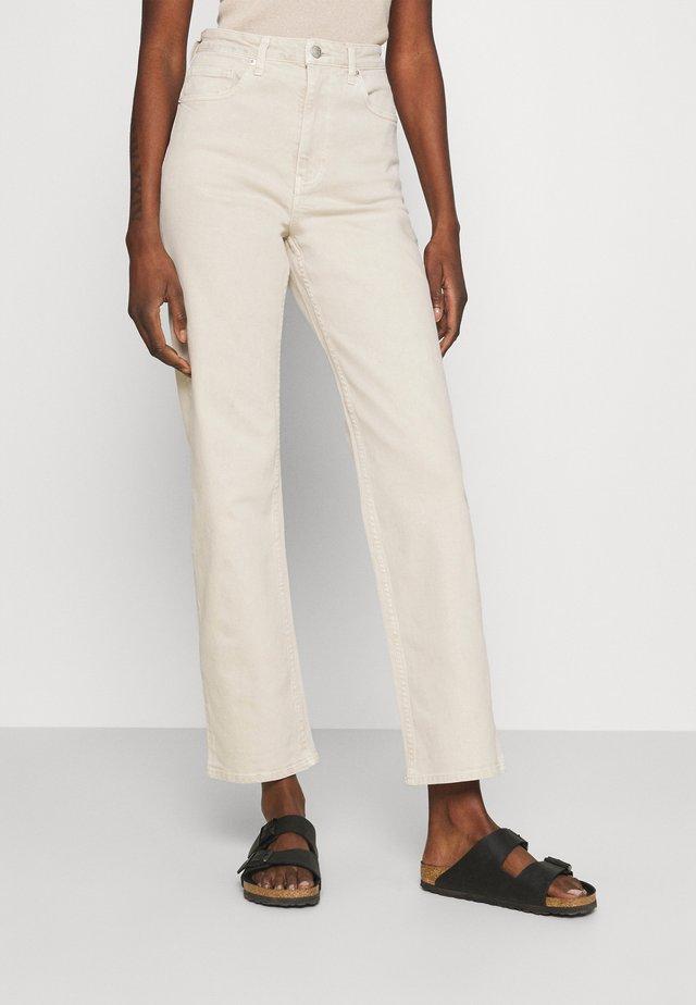 TATJANA - Jeansy Straight Leg - beige