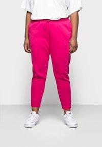 Nike Sportswear - PANT - Tracksuit bottoms - fireberry/white - 0
