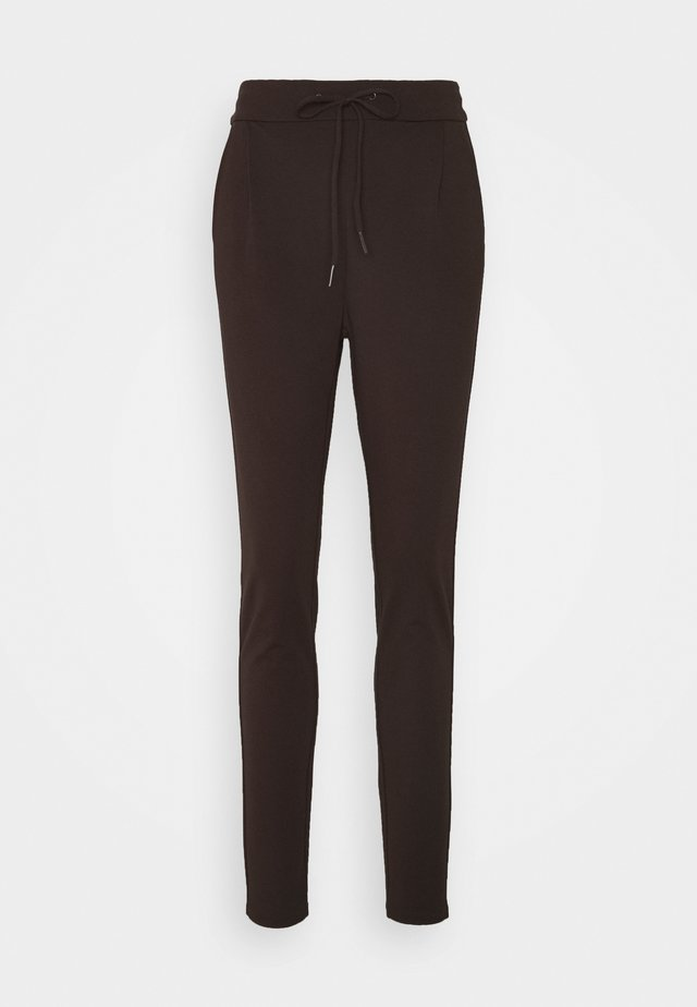 VMEVA LOOSE STRING PANTS  - Tracksuit bottoms - chocolate plum
