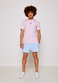 Tommy Jeans - Printtipaita - romantic pink - 3