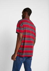 Farah - WIGNALL TEE - Print T-shirt - tar marl - 2
