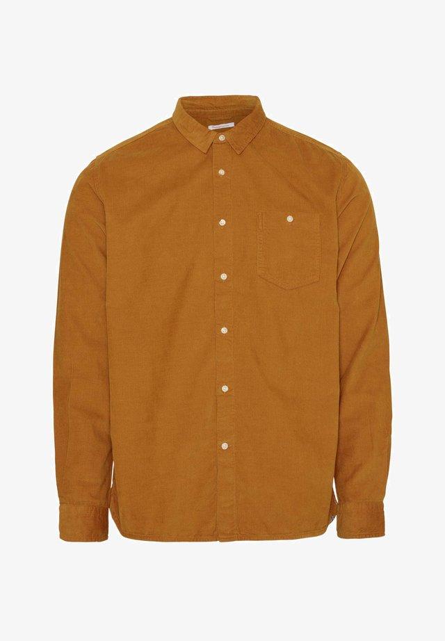 HEMD ELDER REGULAR FIT - Shirt - buckhorn brown