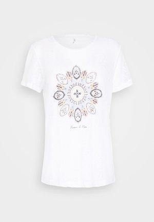ONLPIPER REG BOX - T-shirt print - bright white/mare