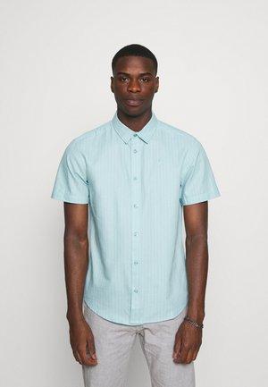 CORE STRIPE SHIRT - Košile - pale blue
