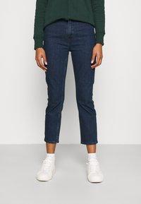 GAP - CIGARETTE RYDALE - Slim fit jeans - dark indigo - 0