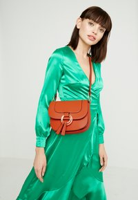 Dorothy Perkins - RING SADDLE - Across body bag - orange - 1