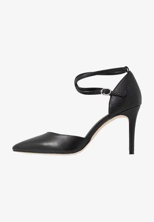 LEATHER PUMPS - Zapatos altos - black