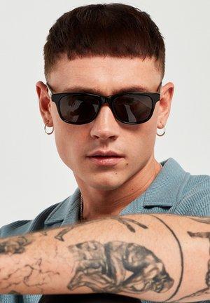 N35 - Sunglasses - black