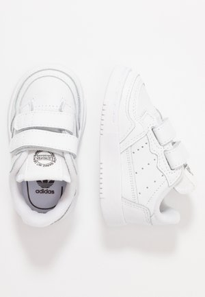 SUPERCOURT CF - Sneakers laag - footwear white/core black