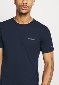 Columbia - MAXTRAIL LOGO TEE - Print T-shirt - collegiate navy - 5