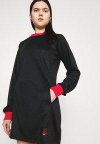 Jordan - DRESS - Vestido informal - black/university red - 3