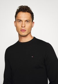Tommy Hilfiger Tailored - Pullover - black - 3