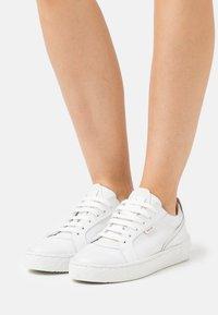 Greyder Lab - Sneakers - white - 0