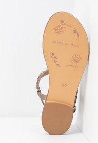 Alma en Pena - T-bar sandals - taupe - 6
