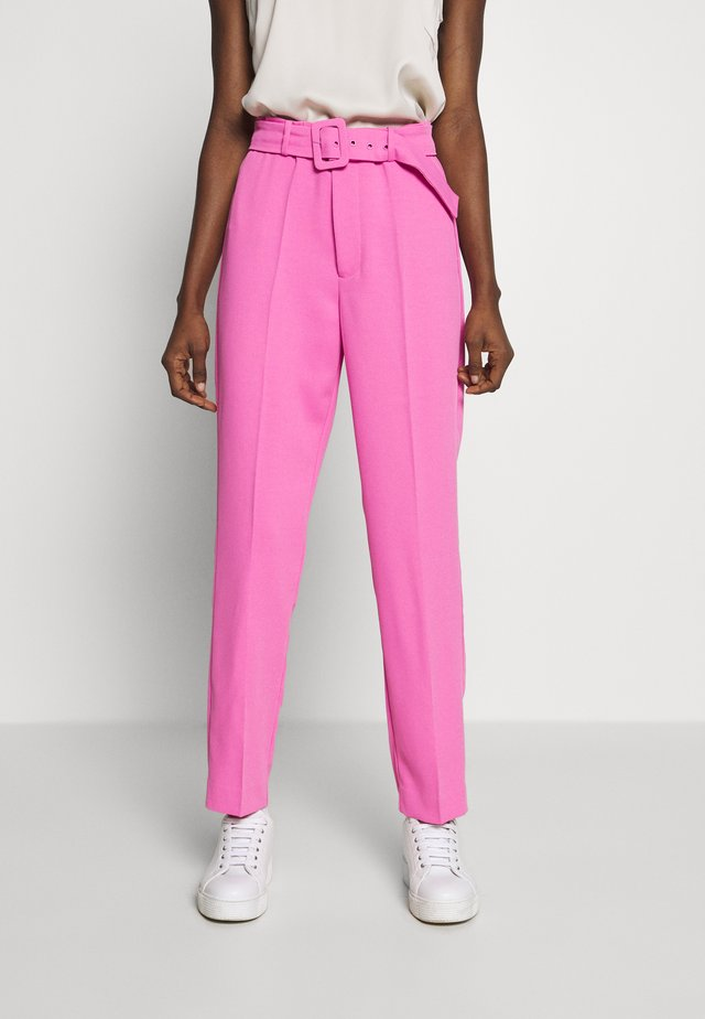 THERESE BUCKLE PANT - Kangashousut - pink pop