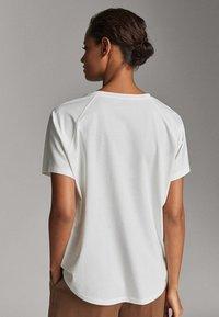 Massimo Dutti - Basic T-shirt - white - 2