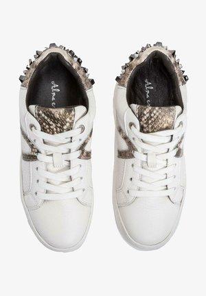 ARAZA - Sneakers laag - white