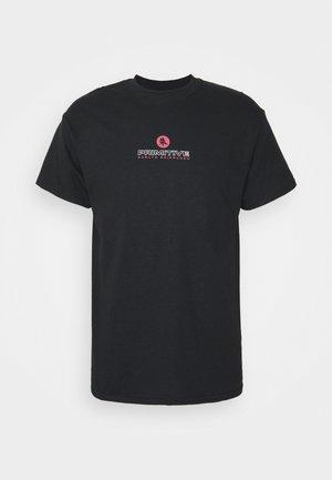 ITACHI TEE - Print T-shirt - black