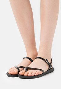Ipanema - FASHION  - T-bar sandals - black/gold - 0
