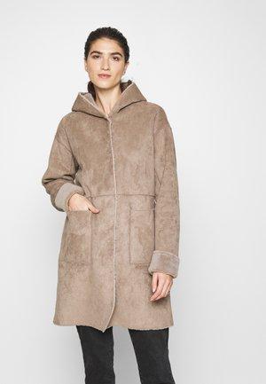 MARICE  - Płaszcz wełniany /Płaszcz klasyczny - taupe