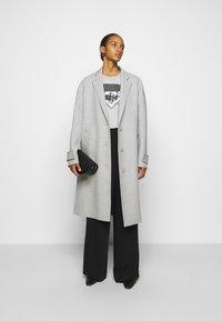 MM6 Maison Margiela - Classic coat - grey - 1