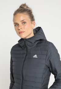 adidas Performance - VARILITY SOFT HOODED OUTDOOR DOWN JACKET - Winter jacket - carbon - 3