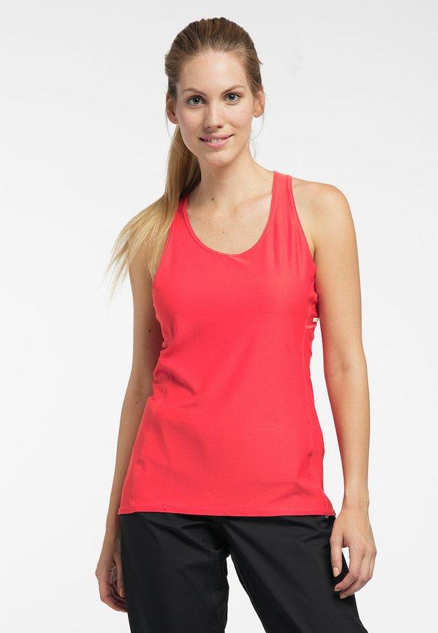 L.I.M TECH TANK - Sports shirt - hibiscus red